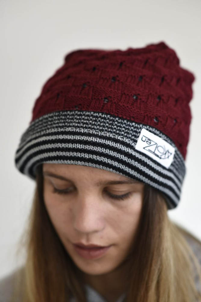 bonnet rouge revers